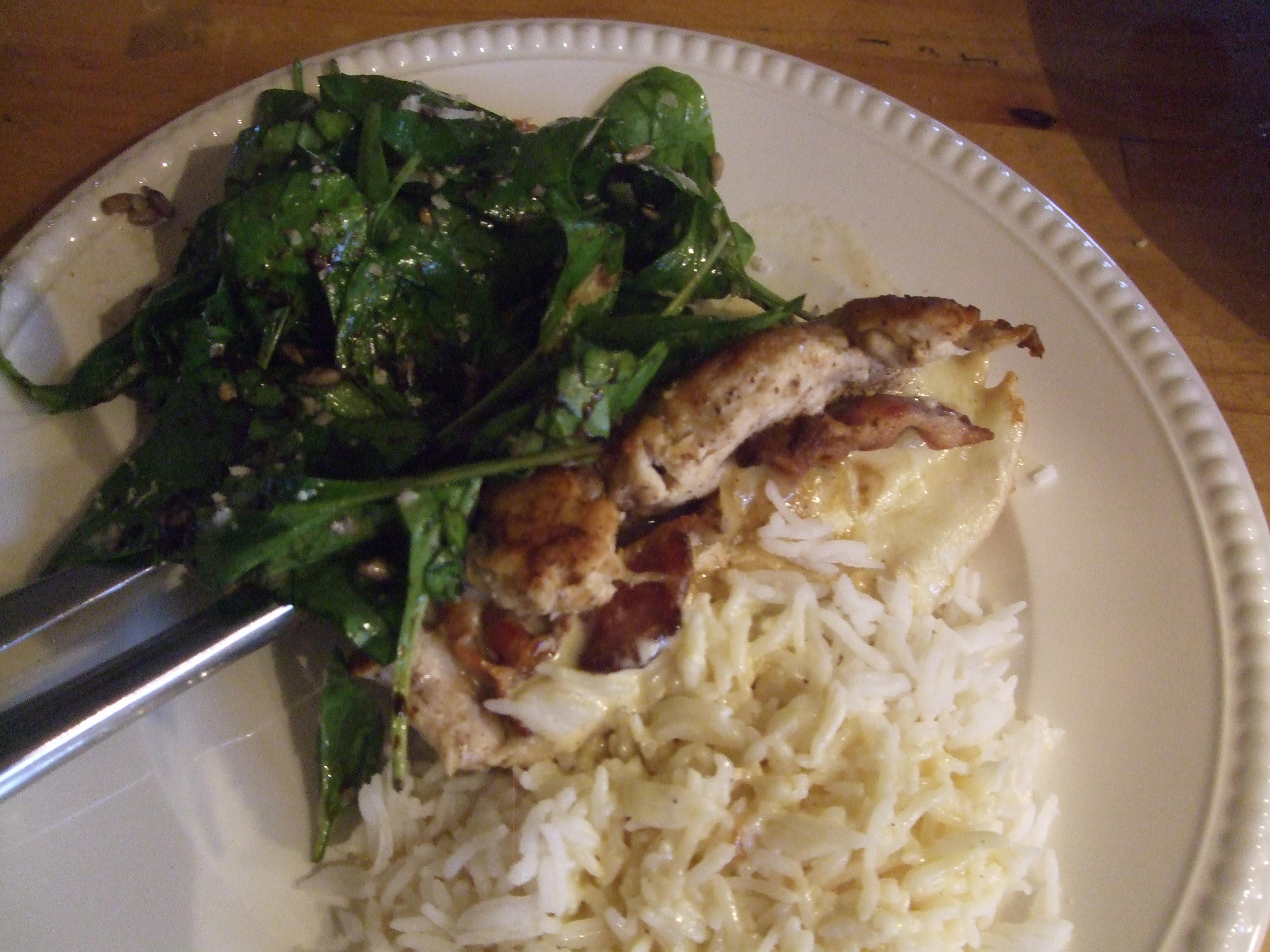 Kylling er sunt, men smaker lite. Prøv denne kyllingen som er fylt med mozarella og bacon. Ingredienser: 1 kyllingfilet pr person 1/2 fersk mozarella pr filet 2 baconskiver salt og […]